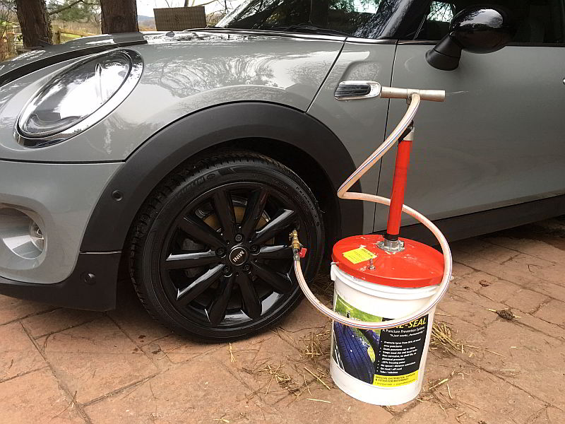 a puncture prevention system - Auto Seal